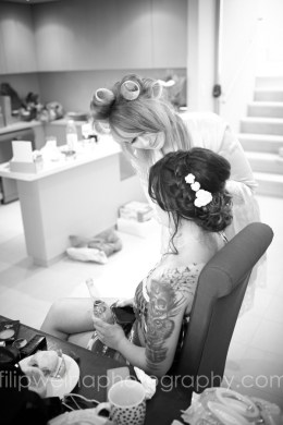 brides-getting-ready-01