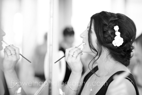 brides-getting-ready-10