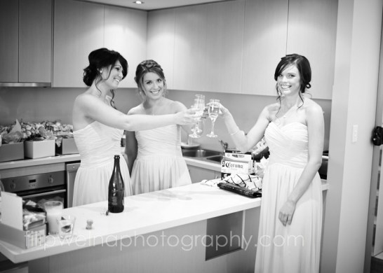 brides-getting-ready-21