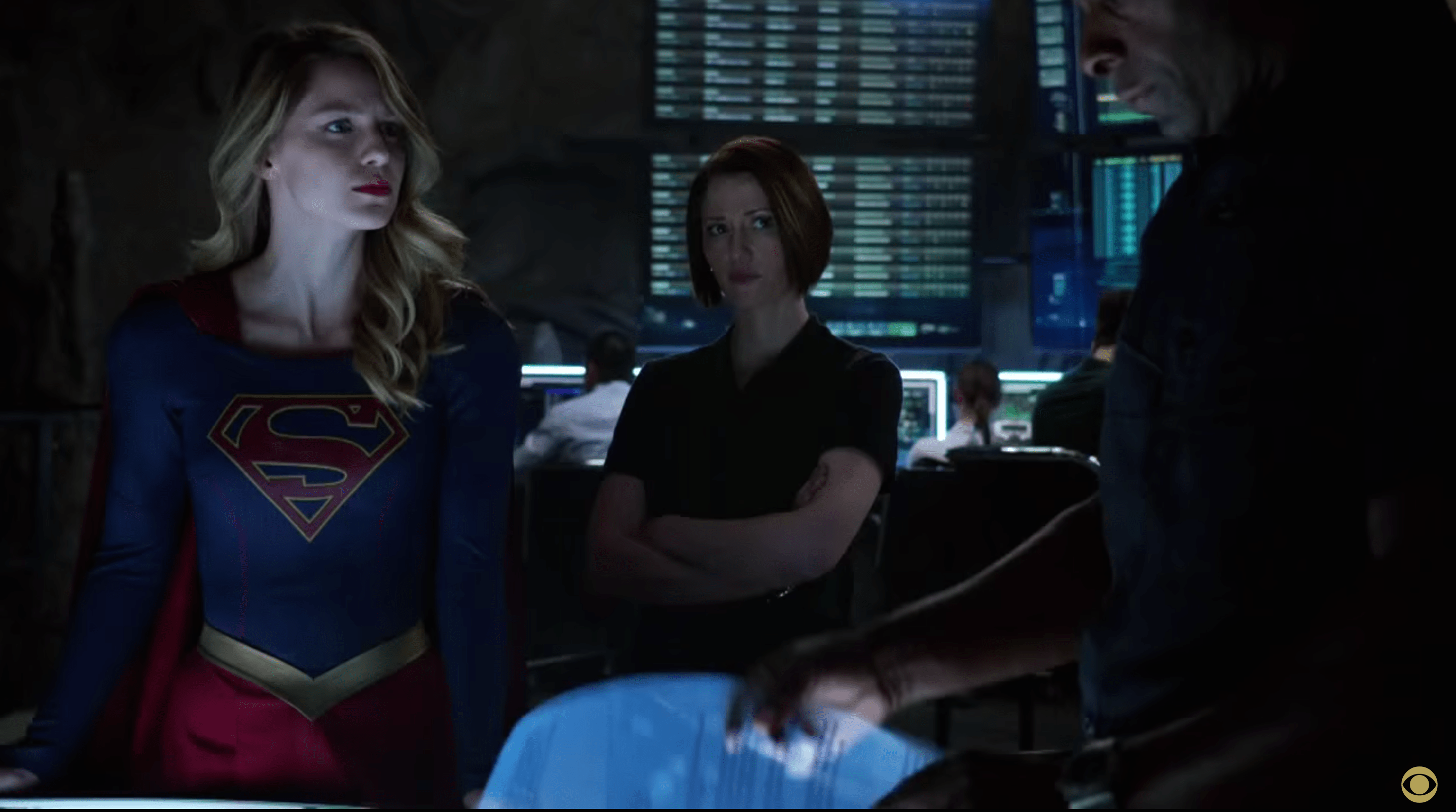 Girls Princess Wallpaper Supergirl Pilot Review Film Takeout