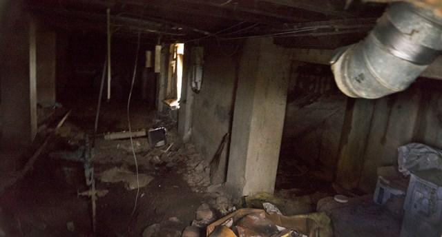 DSC03279_interior basement @72
