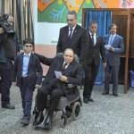 Algérie: un vieux papa malade plutôt que des inconnus