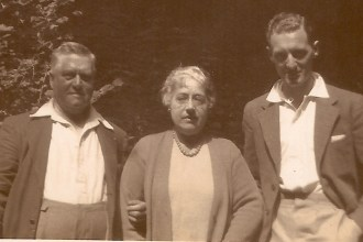 Arthur Albert Stolliday with wife Elizabeth and son-in-law Gerald Finch