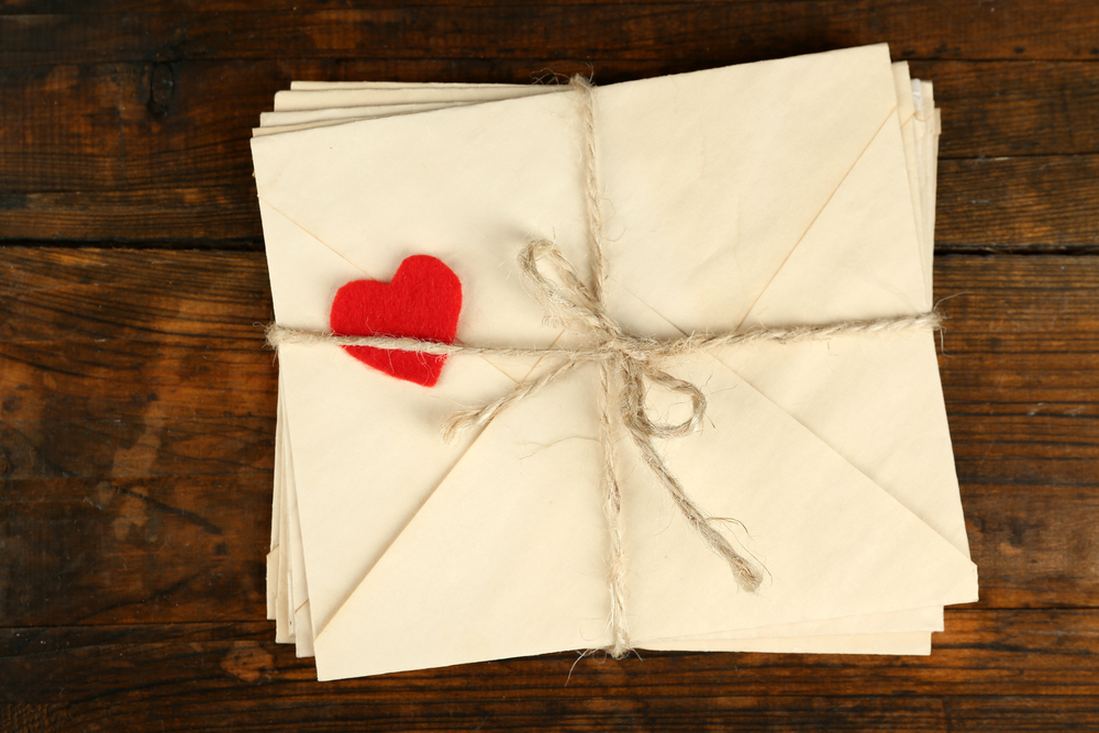 8 Tips for Writing a Captivating  Compelling Love Letter - FinerMinds - love letter