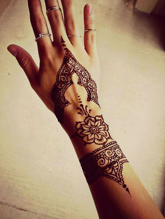 hand-henna-tattoo-designs39