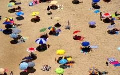 Estate, 8 milioni di italiani rinunciano alle vacanze