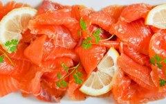 Salmone fresco marinato: specialità canadese