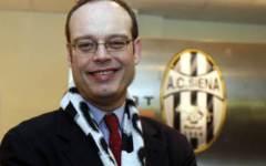 Calcio, il Siena si iscrive al campionato di serie B
