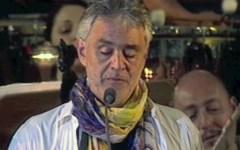 Bocelli bacchetta i politici: «All'Italia serve una rivoluzione morale»