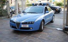 Ladri nel parcheggio vicino all'aeroporto di Firenze, via 6 auto