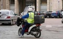 Per chi cerca lavoro: Poste italiane assume portalettere con contratto a termine, 3/4 mesi d'estate