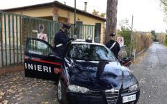 Firenze, sgombero all'Olmatello: via in cento, fra adulti e bambini