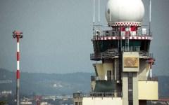 Firenze, aeroporto Vespucci: tenta di imbarcarsi dopo l'arresto della compagna, preso
