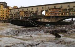 Arno, rischio alluvione: casse d'espansione bloccate