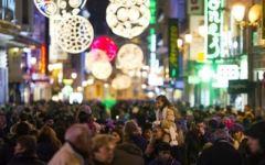 Natale, gli italiani chiedono meno tasse e più lavoro