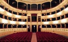 Teatro, domani al via la stagione della Pergola