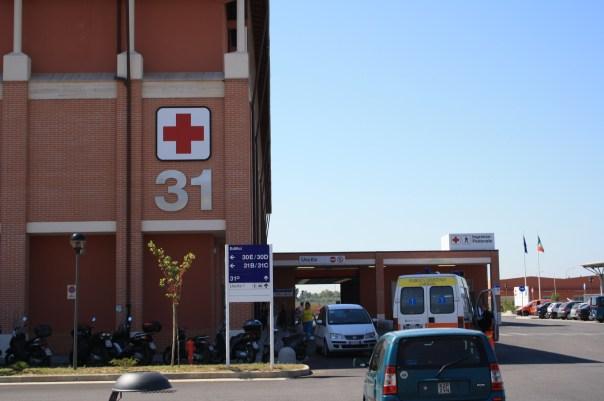 L'ospedale di Cisanello dov'è ricoverato lo studente