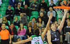 Basket Eurolega: Siena vince a fil di sirena e resta in corsa