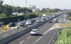 Livorno, variante Aurelia: lunghe code per lavori fino a fine luglio