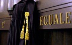 Firenze, donna 90enne raggirata: chiesto processo anche per un notaio