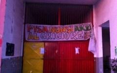 Nuova occupazione all'ex fabbrica di Pisa