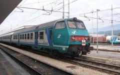 Black-out elettrico, ripresa la circolazione sulla linea ferroviaria Empoli-Pisa
