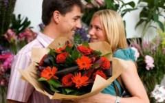 San Valentino, in Toscana vincono fiori e ristorante