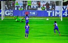 Fiorentina, Pepito va in Nazionale con 16 gol. Cerci sbaglia il rigore,  il Toro piange: 2-2. Pagelle