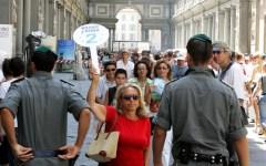 Turisti aumentati del 50%, concentrati fra Toscana, Veneto, Lombardia e Lazio. Ma spendono sempre meno