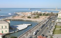 Livorno, stop temporaneo alla balneazione sul litorale cittadino