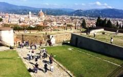 Firenze: autunno dal sapore estivo, con  25-26 gradi. Uffizi, Forte Belvedere e Giardino dell'Orticoltura invasi da migliaia di visitatori