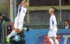Fiorentina, pari a Marassi con il Genoa: 1-1. Gol di Gonzalo. Buon debutto di Gilardino. Pagelle