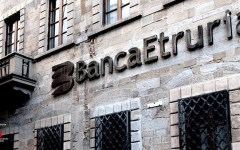 Banca Etruria: i fondi di nuovo in pista per l'acquisto delle good bank