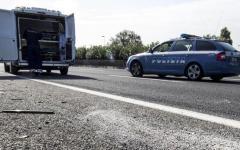 Autopalio: anziana 82enne viaggia contromano. Bloccata dalla Polstrada che le ritira la patente