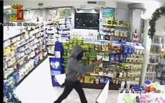 Pisa, preso il rapinatore-ciclista delle farmacie