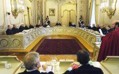 Legge Severino: per la Consulta è legittima. De Magistris rischia la sospensione