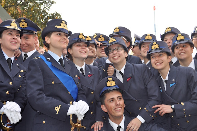 Un gruppo degli allievi del Corso Lyra alla Douhet
