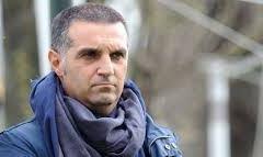 Fiorentina: batti almeno il Cesena. Angeloni è il direttore tecnico che sostituirà Macìa