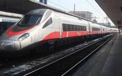 Bolzano, bombe molotov sul Frecciargento per Roma: sospetti su No Tav e anarchici
