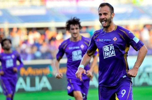 Fiorentina-Parma, l'esultanza di Gilardino dopo il gol (foto Giacomo Morini)