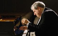 Firenze: il pianista Grigorij Sokolov in concerto alla Pergola