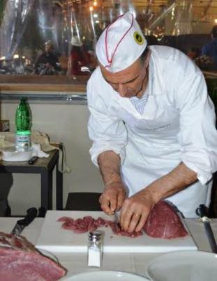 Carne toscana e veneta, sfida al mercato di San Lorenzo