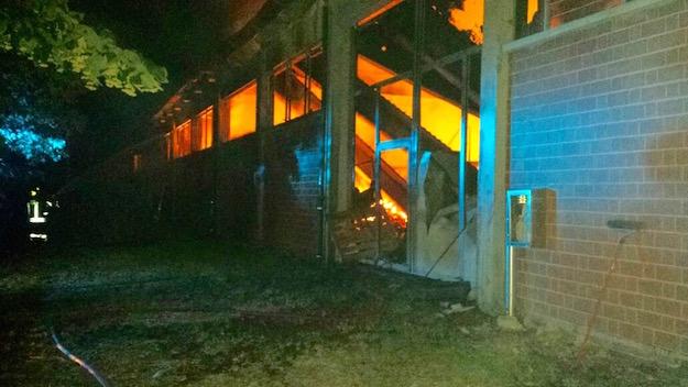 L'Incendio ha distrutto la Standhall di Stabbia