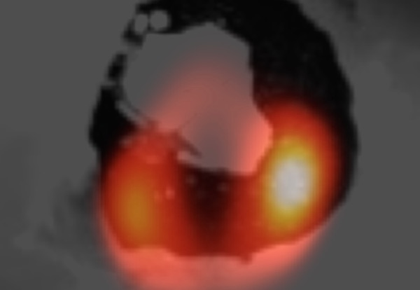 La lava su un vulcano di Io, satellite di Giove , 750 milioni di km dalla Terra