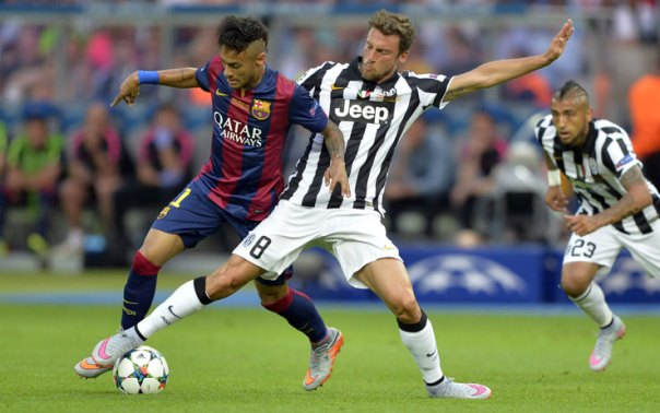 Neymar in lotta con Marchisio