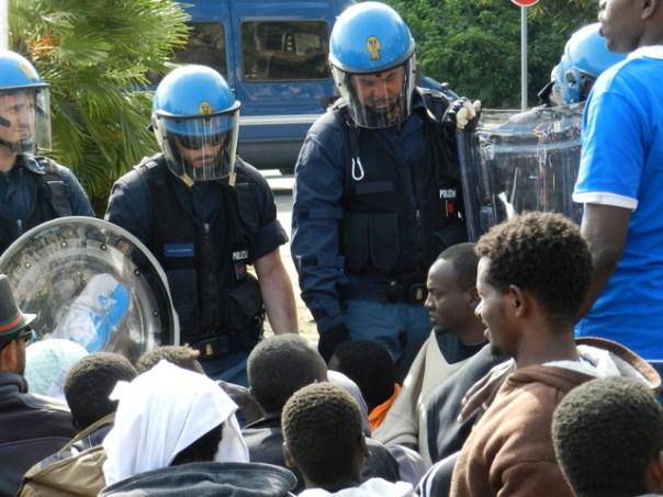 Migranti e polizia a Ventimiglia