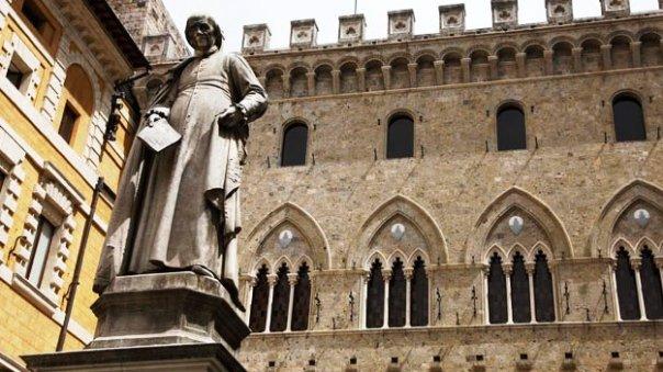 Monte dei Paschi di Siena, la sede alla Rocca Salimbeni