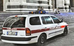Firenze, sciopero dei vigili urbani: adesione vicina al 100%. Domenica storica: senza multe