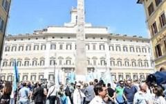 Scuola: riforma blindata alla Camera. I sindacati promettono agitazioni permanenti a settembre