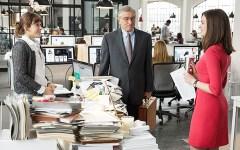 Cinema:  in uscita «Lo stagista inaspettato» con Robert De Niro e Anne Hathaway (Trailer)